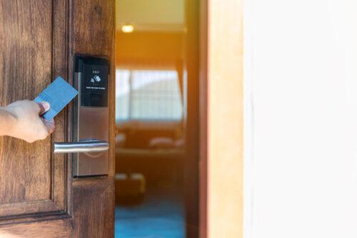 قفل هوشمند هتلی